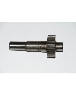 The original input shaft of the gearbox for ATV MAXXER KYMCO, KXR 250, 300