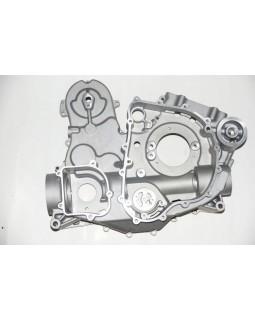 Original engine crankcase (left and right) for KYMCO MXU 500, 550